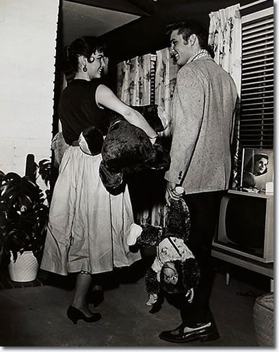 Elvis Presley and Barbara Hearn at Elvis' 1034 Audubon Drive House : June 19, 1956.
