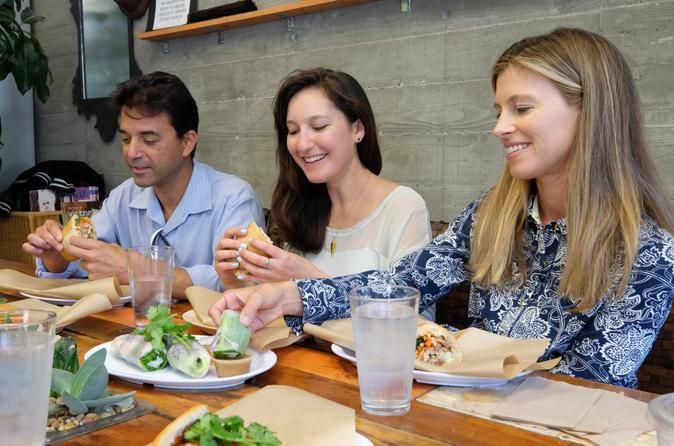 Hayes Valley Gourmet Food Tour Explore one of San Francisco's trendy & ultra-chic neighborhoods: Hayes Valley. This 3-hour tasting and walking tour will give you the best of Hayes Valley's gourmet food experiences. You'll learn what's hot in the SF food scene as we visit specialty shops, restaurants and even a speakeasy. With seven tastings, this tour offers plenty of food for lunch.As you compare gourmet cheeses, participate in a craft beer tasting and indulge your sweet ...