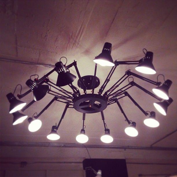 거미를 닮은 전등 #memory / Your Lifetime Gallery ::: www.cubbying.com