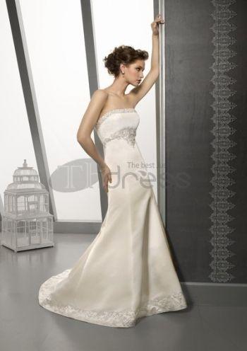 Abiti da Sposa Senza Spalline-Una linea di abiti da sposa senza spalline sontuosi estate