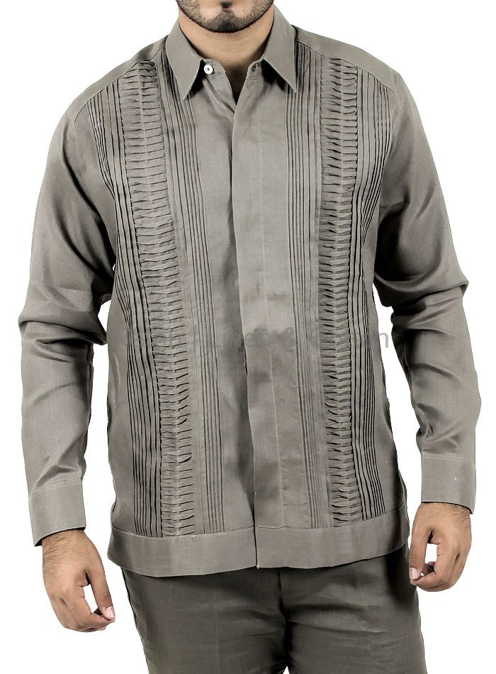Mens Long-Sleeved Blue Tradicional Guayabera Shirt 100% linen. Hand pattern embroidered with Red Silk Thread, hidden buttoned front, basic collar. Elegant for this especial night.Keten | Linen &...