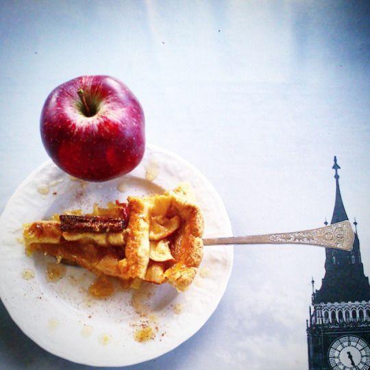 JeanneDôme: Chez jeanne-Πάστα Φλώρα με καραμελωμένα μήλα