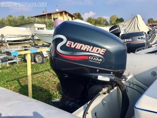 Vendo Joker Boat #Coaster 580 con #motore #fuoribordo a #benzina #Evinrude 90 CV, #rimorchio per #trasporto (con #portata 1.200 kg, ... #annunci #nautica #barche #ilnavigatore