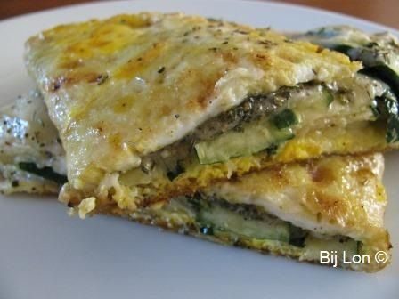 Gevouwen Omelet met Courgette en Parmezaanse Kaas