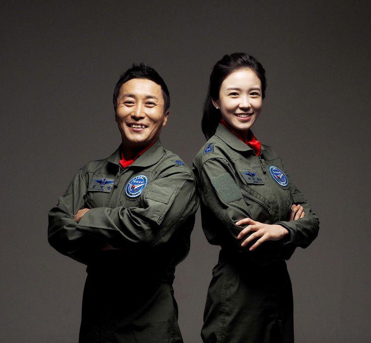 공군 홍보대사 2인! 아나운서 장예원, 개그만 김병만님이 공군의 새로운 홍보대사로 임명되었습니다!