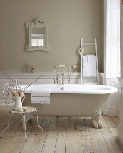 Bathroom :) my next tub will have claws