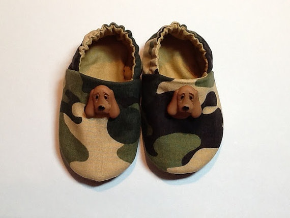 Camouflage Baby Boy Shoes with Hound Dogs by ShoesbySusie on Etsy, $22.00