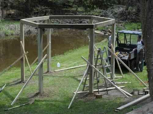 renforcez la structure en fermant l'hexagone tout en gardant les renforcements secondaires