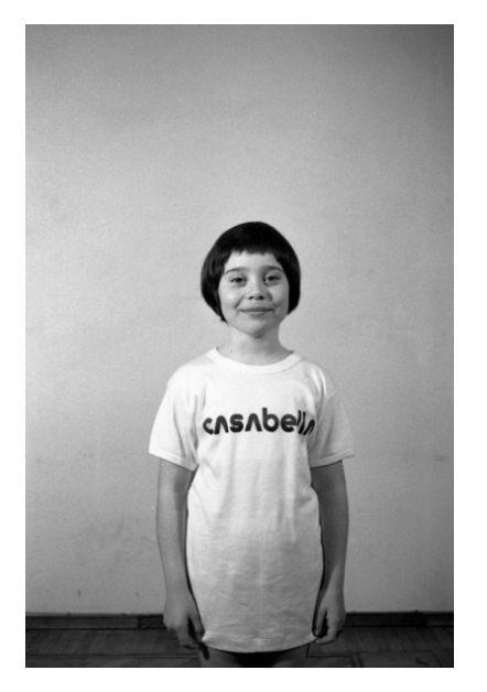 Fulvia Mendini e la Tshirt di CASABELLA. Milano 1973