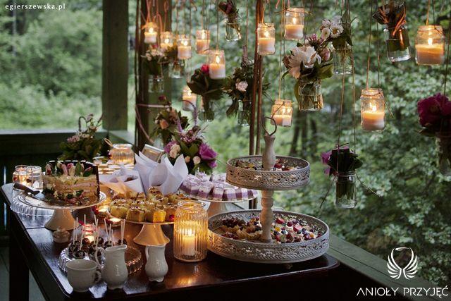 Cherry Wedding,Sweet table,Rustic wedding,Candles / Czereśniowe wesele,Słodki stół,Rustykalne wesele,Świece,Anioły Przyjęć