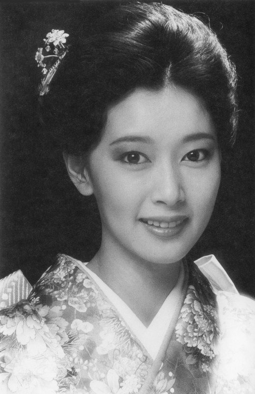 Japanese actress 夏目雅子
