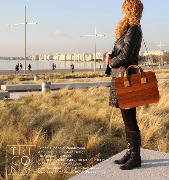 This hand bag is another attempt to use the experience I had as a furniture…