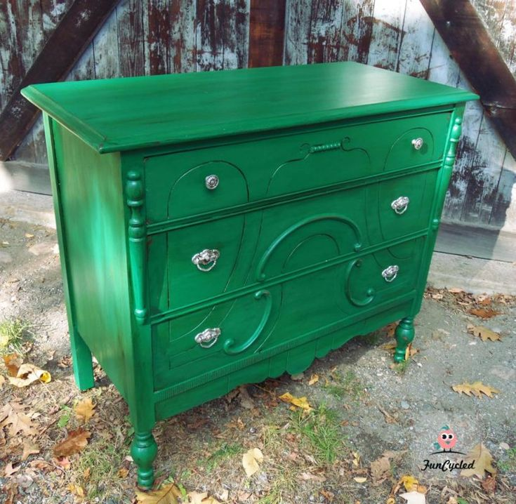 Kelly Green Dresser By FunCycled. Www.funcycled.com