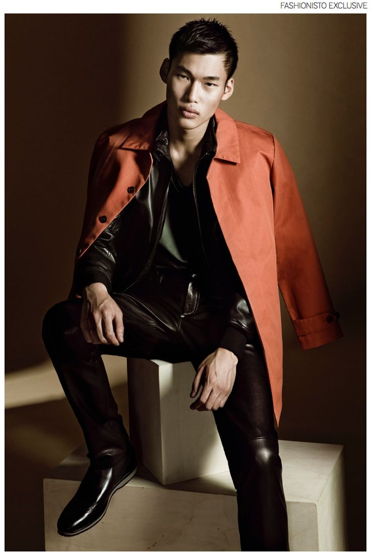 17 best images about male models on pinterest playing - Roberto herrero ...