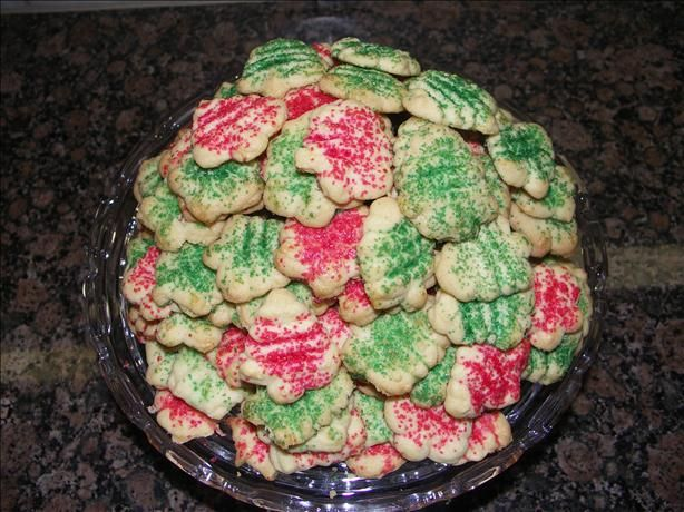 Pampered Chef cookie press butter cookies made with a cake mix - easy and this recipe makes the best cookies!