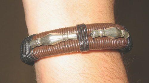 Bracelet Duo de Cuir Tubes décorés et Buna Cord