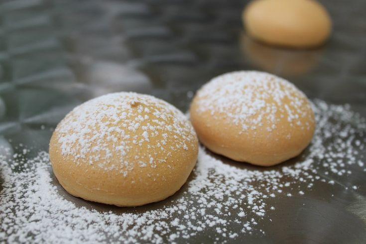 Le tette delle monache sono dei tipici dolci pugliesi, morbidi e soffici, preparati con il Mix Africano.