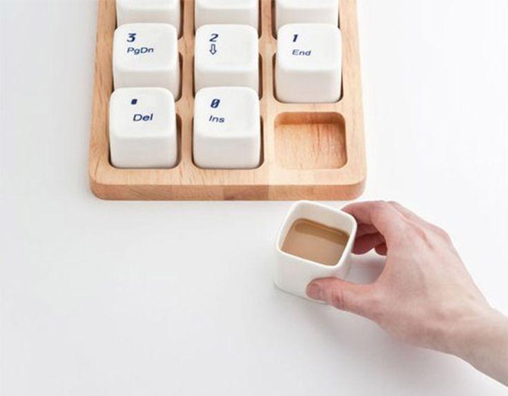Tasse à café pavé numérique