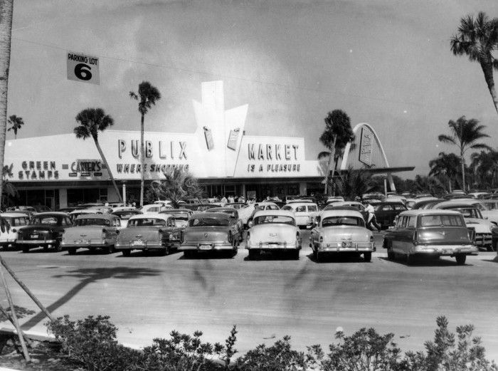 Winter haven florida 1950s 1950s winter and parking lot for Winter vacations in florida
