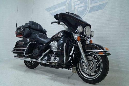 2000 Harley Davidson Ultra Classic, Price:$8,450. Cedar Rapids, Iowa #harleydavidsons #harleys #ultraclassic #motorcycles #hd4sale