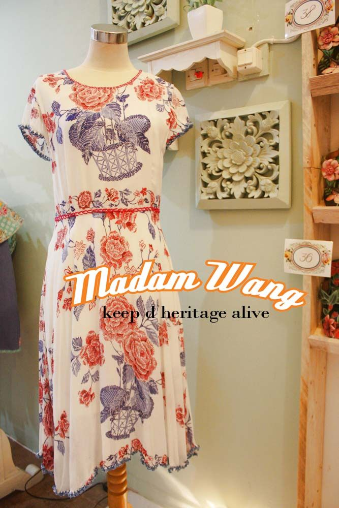 batik white dress, paris white batik