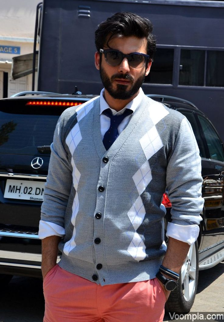 Pink pants! Fawad Khan nails the metrosexual look with his beard, sunglasses, sweater shirt, tie and fashionable pink trousers. via Voompla.com