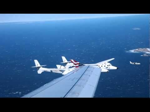 Commercial Airliner Passengers Get An Epic Surprise During A Normal Flight. | Flight Status