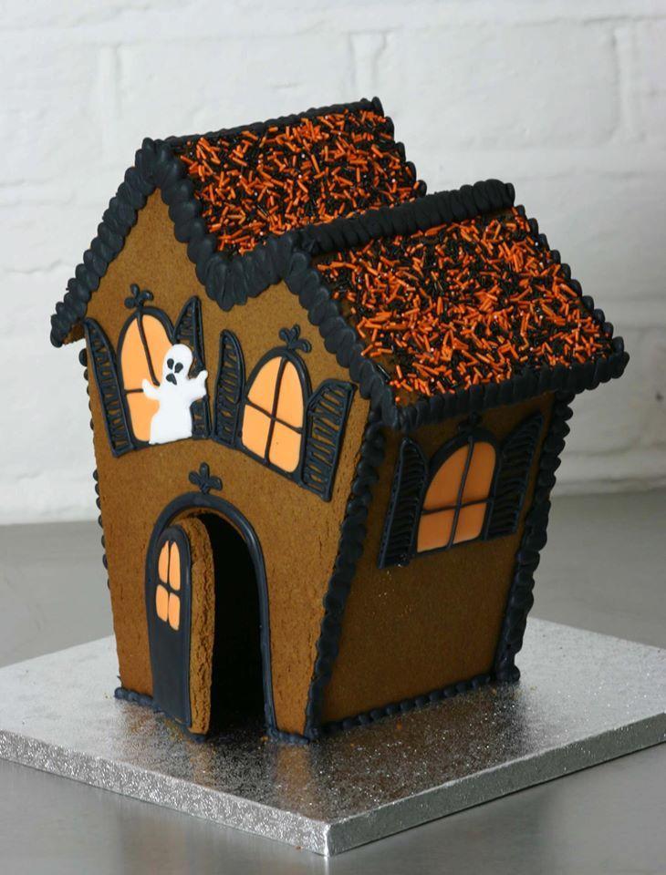 25 best halloween gingerbread house ideas on pinterest for Cool designs for gingerbread houses