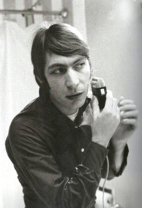 Keith Sykes - I'm Not Strange I'm Just Like You