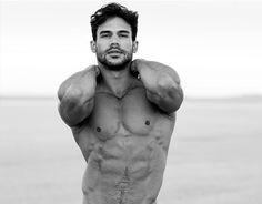 Resultado de imagen de poses modelos masculinos