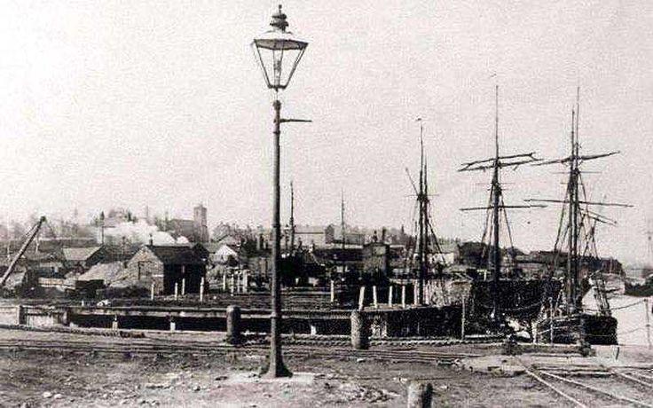 Flintshire, Connah's Quay, Dock.jpg (800×500)