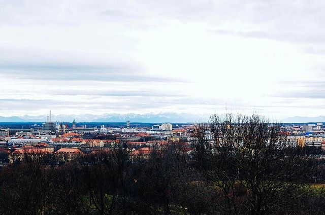 Thank you, Munich; for 6 years of joy! It's been a blast living here, seeing the alps out of my window although living in the city centre, being in the subway with both surfboards and snowboards, cause it's all right here. I'm gonna miss you bunches but I know there's new exciting adventures ahead of me😊Servus, pfiad di & bis bald!💕 by statesidenomad. instatravel #traveling #munich #münchen #ontheroad #photography #buzzfeed #aventureislife #adventure #germany #wanderlust #igtravel…