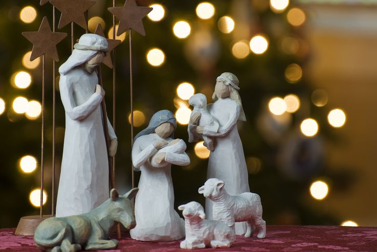 The Blessings of Peace The Beauty of Hope The Spirit of Love The Comfort of Faith… May these be your gifts this Christmas Season.  Le ROI Delhi wishing one and all a Merry Christmas.