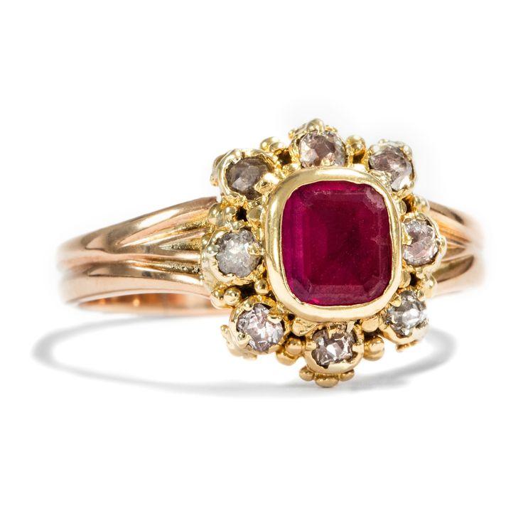 Love actually - Viktorianischer Rubin- und Diamant-Ring in Gelbgold, um 1890 von Hofer Antikschmuck aus Berlin // #hoferantikschmuck #antik #schmuck #antique #jewellery #jewelry