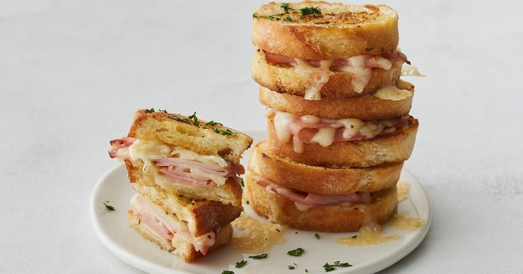 Taste the humble ham and cheese toasted sandwich to the next level with this amazing garlic bread version.