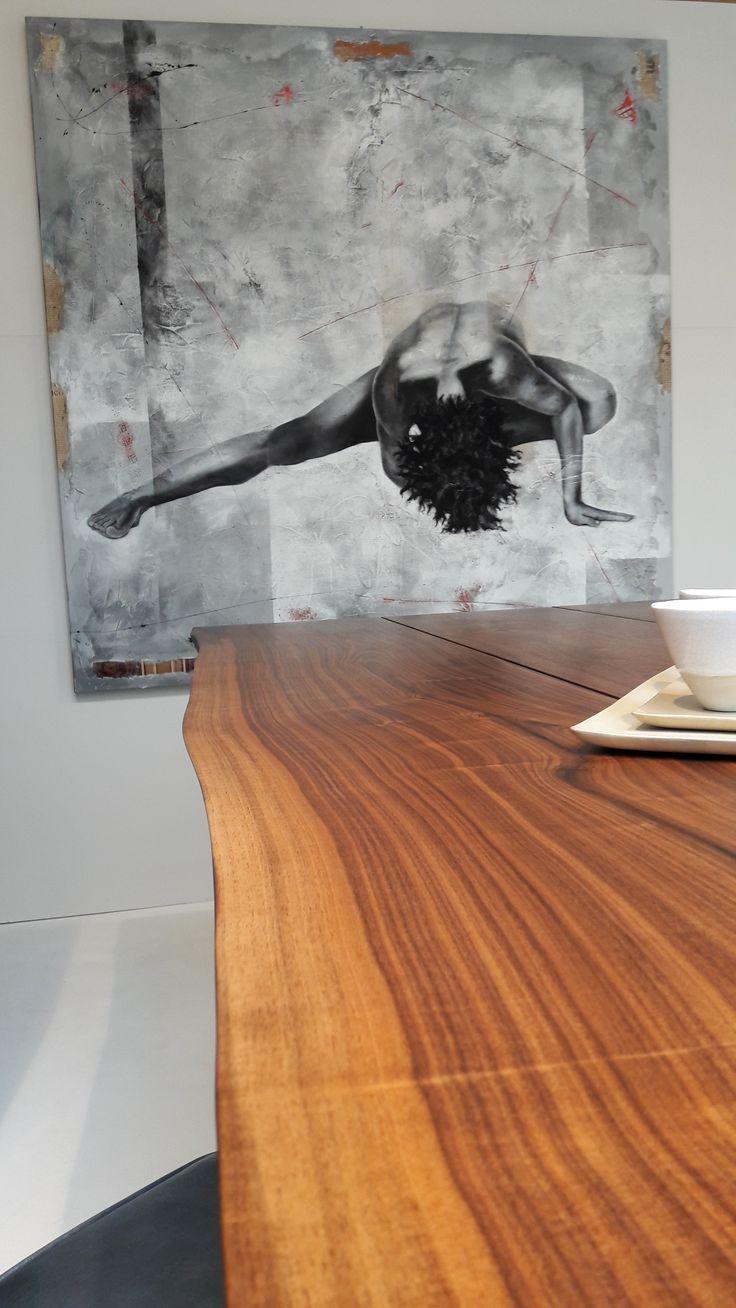 OPERART suggestive design - Show-room Expo 2017 Wood  Tavolo di design