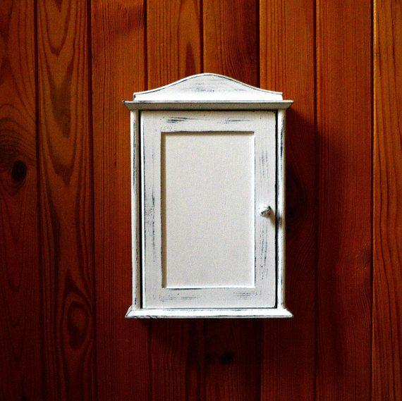 1000 Ideas About Wooden Key Holder On Pinterest Key