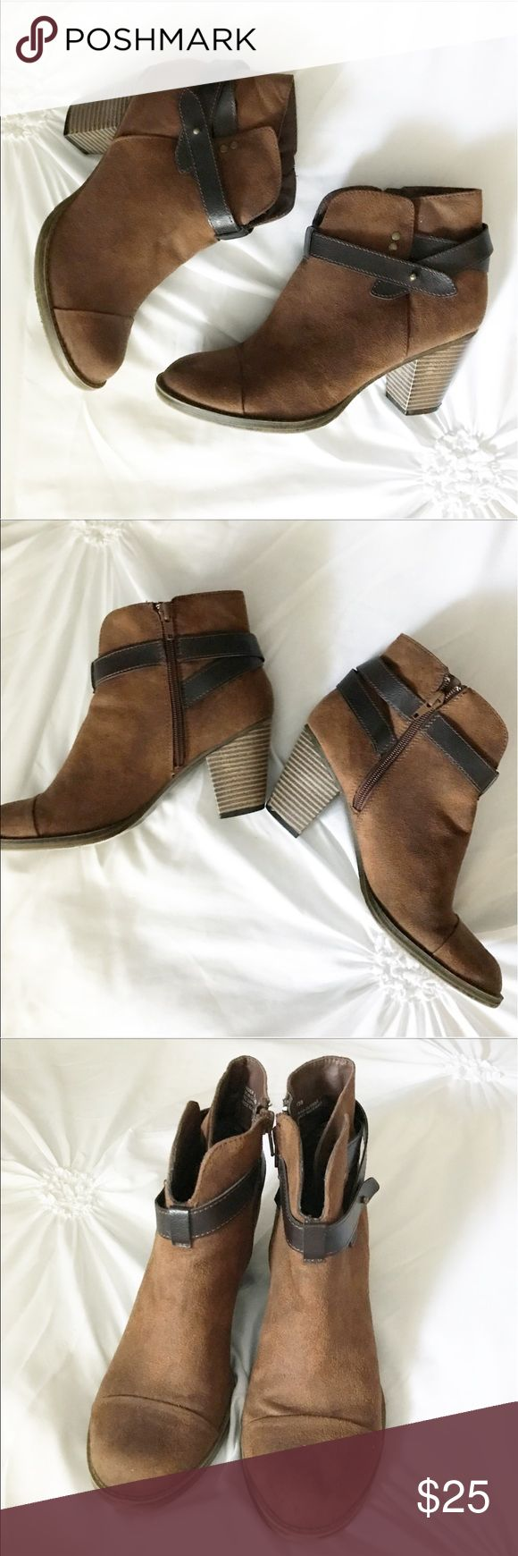 JustFab Faux Suede Camel Strappy Ankle Booties These brown festival style booties are the perfect boot! Perfect for just about any occasion! A lighter brown with fun overlapping dark brown strap details. Side zippers. Heels. EUC! JustFab Shoes Ankle Boots & Booties