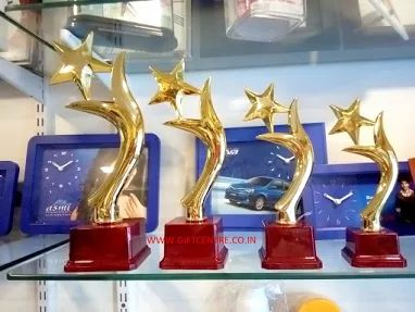 #college #university #school #trophy #awards #rewards #medal #souvenir #performance #sports #giftcentre #gtu #institute #facebook #google #googleimage #googlephoto     www.giftcentre.co.in