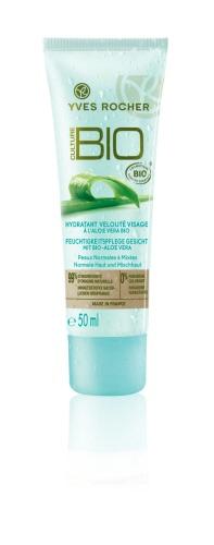 The Velvety Facial Moisturizer with Organic Aloe Vera will intensely moisturize your skin for comfort and renewed vitality! #yvesrocherusa #organicbeauty