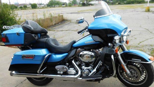 2011 Harley-Davidson FLHTK - Electra Glide Ultra Limited Touring , Cool Blue/Vivid Black, 26,122 miles for sale in Woodstock, IL