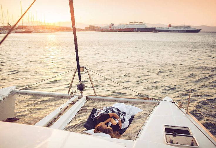 Sail Greece for 7 days and explore the sun-bleached islands off the coast of Athens. Party somewhere new every day with hundreds of other young Yacht Weekers.