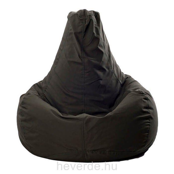 Alacsony ülőrésze és kényelmes háttámlája miatt a kamaszok kedvelt babzsák fazonja. Mosható, levehető huzatú, dupla varrással készült, utántölthető.