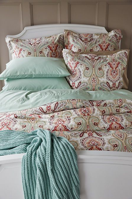No Iron Paisley Duvet Cover - The rich paisley print is the ideal way to bring seasonal color into your bedroom.