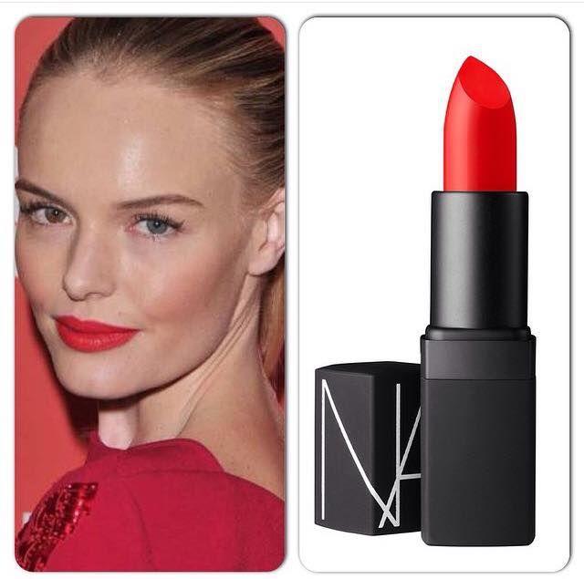Yaz için muhteşem bir renk! Nars Semi Matte Lipstick Heat Wave ruj, dünya yıldızlarının da en sevdiği kırmızı rujlardan biri. Özellikle tarzını ve makyaj stilini çok beğendiğimiz Kate Bosworth bu ruju çantasından eksik etmiyor. Canlı kırmızı rengiyle hem beyaz tenliler de hem de bronz tenlilerde harikalar yaratıyor! NARS HEAT WAVE RUJ, MAKYAJTRENDI.COM'DA SATIŞTA! Yenilenen stoklarımıza göz atmayı unutmayın! Bu arada hemen belirtelim; haziran ayı boyunca Makyajtrendi.com'dan Nars markalı…