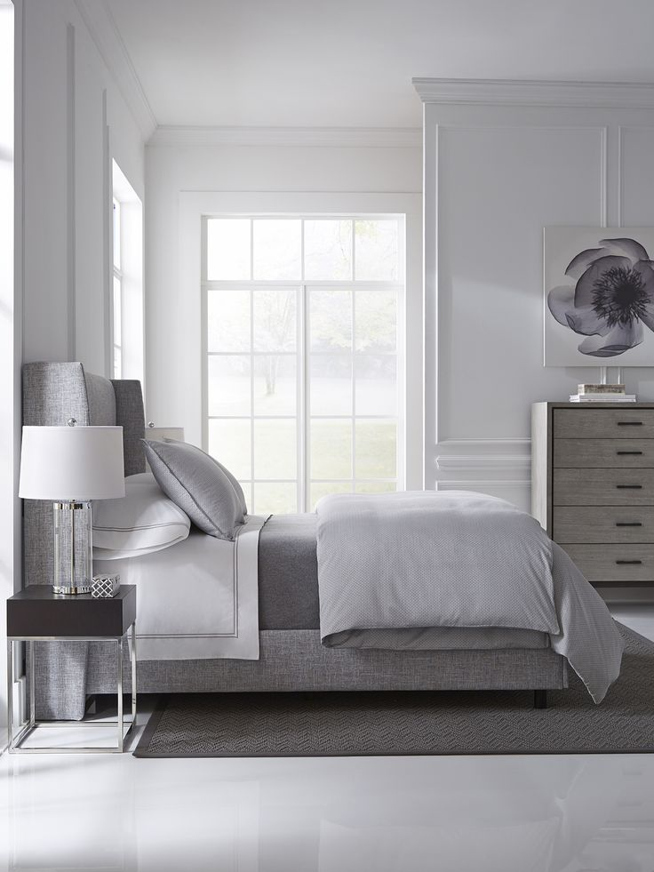 An understated elegance is presented in the geometric motif on sateen jacquard, with a nod to the American tradition of quilting. Thoroughly modernized in neutral tones of Silver, Minello easily works as a top-of-bed option or as an accent to your all-white bedding.