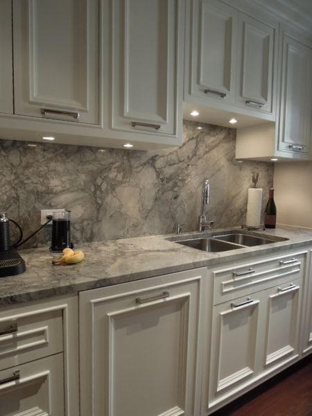 Find This Pin And More On 4 Homes Kitchens I Like The Full Backsplash Matching The Countertops