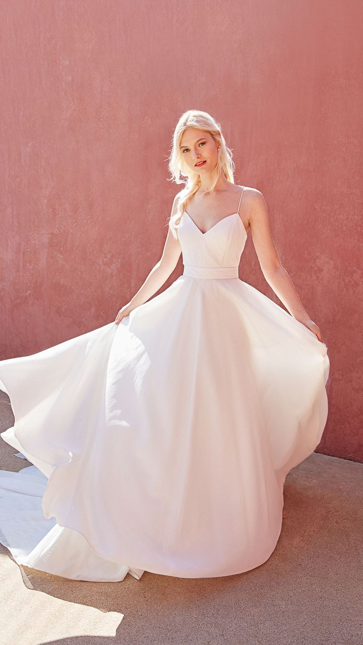 1415 best Vintage Wedding Dresses images on Pinterest