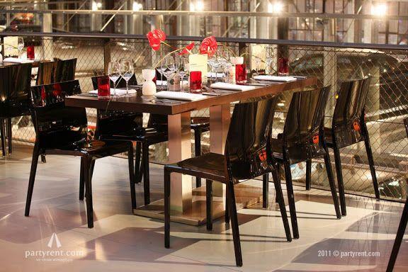 Bedrijfsfeest - Tafels en stoelen huren