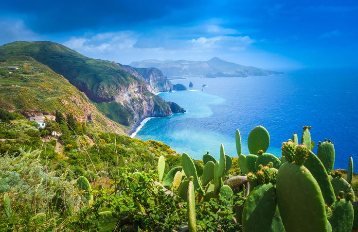 Le Isole Eolie e Pantelleria, Conbipel, estateitialiana